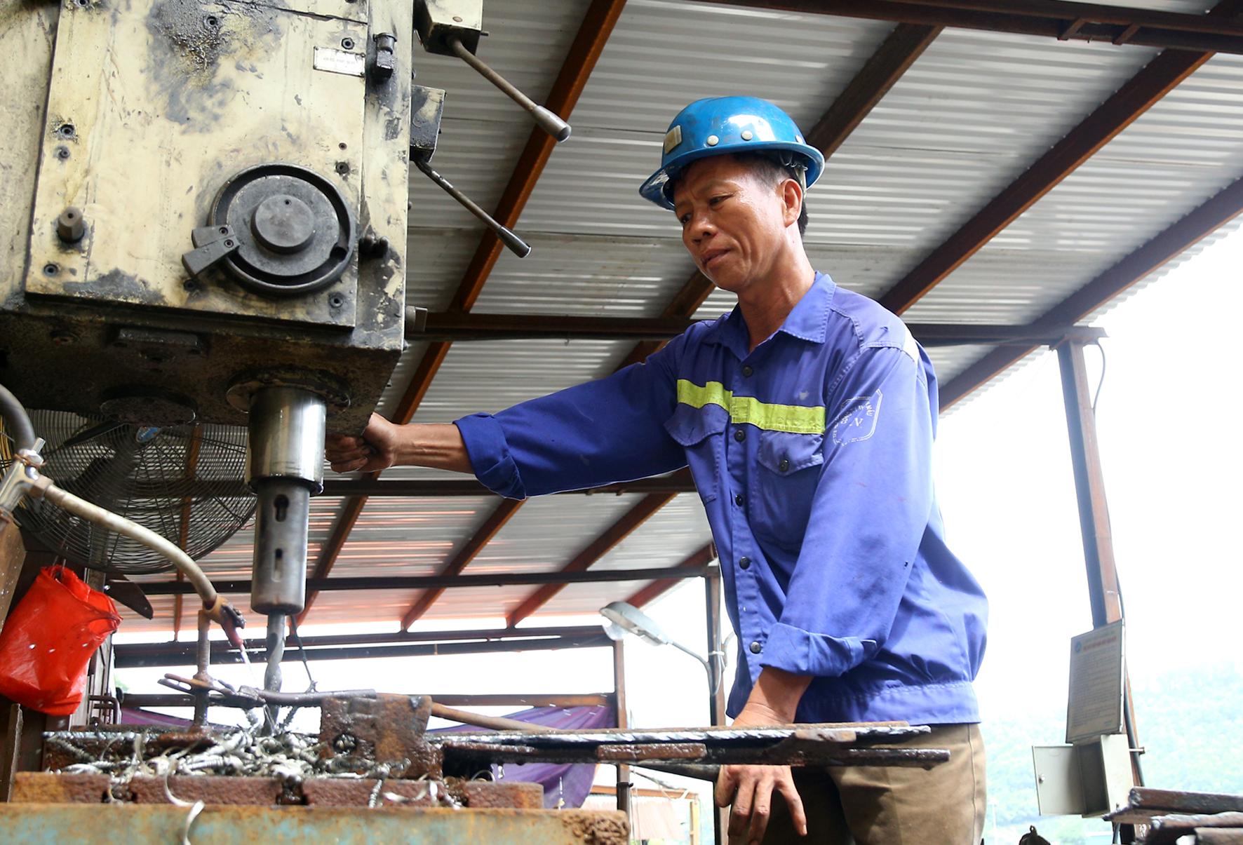 Tái sử dụng vật tư thu hồi để giảm chi phí sản xuất tại Than Nam Mẫu (2)