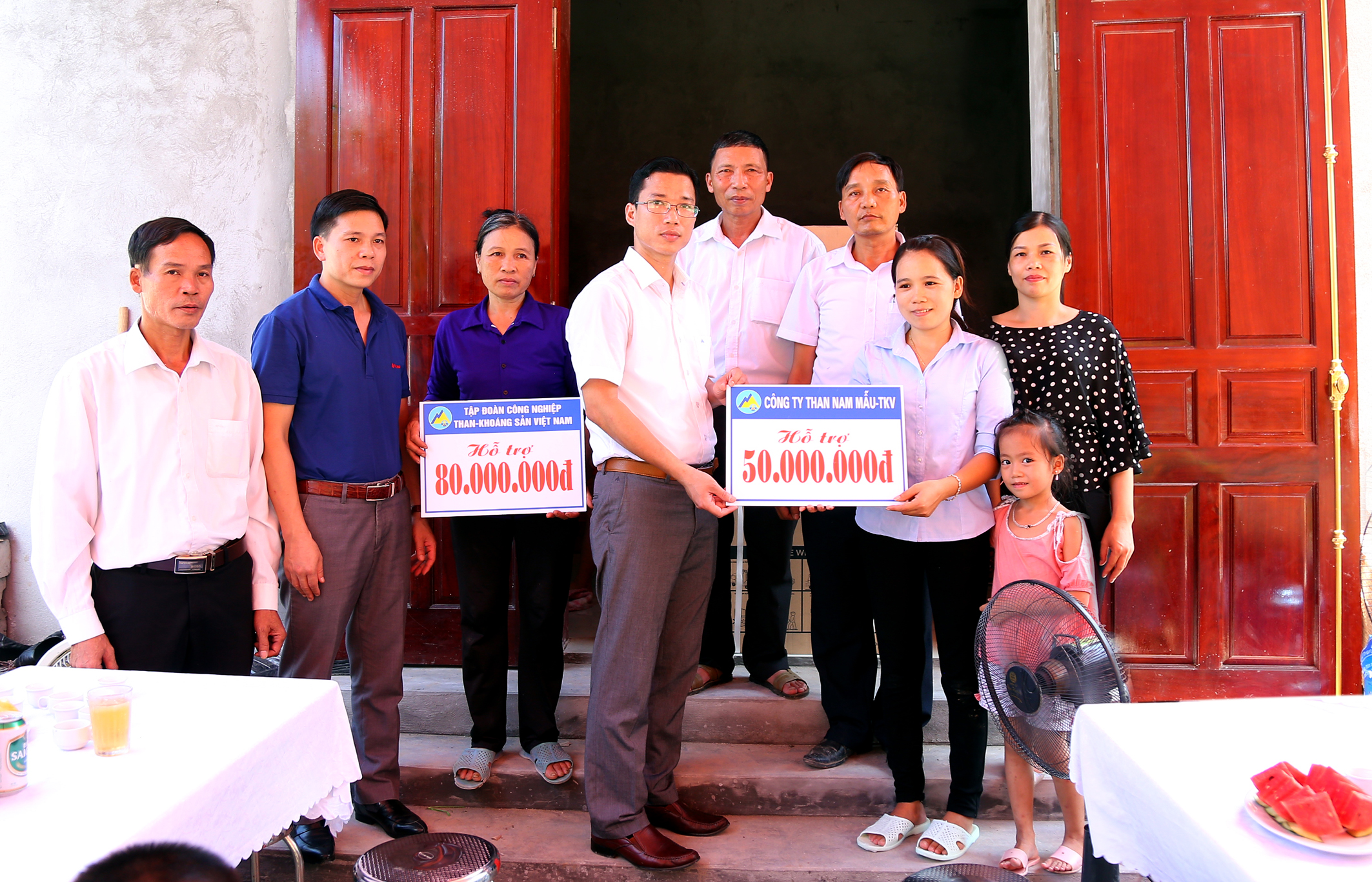 Than Nam Mẫu hỗ trợ xây nhà cho gia đình chính sách (1)