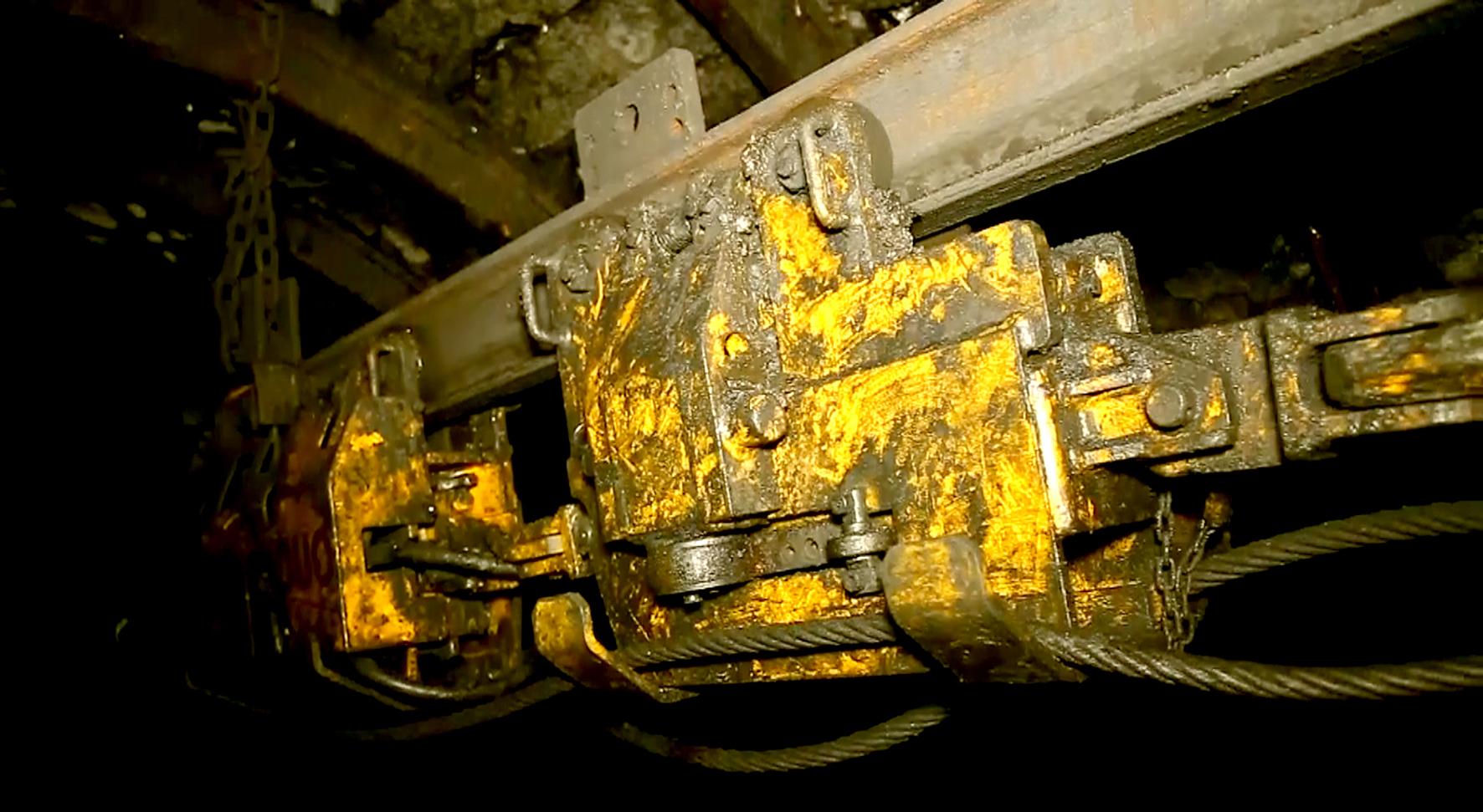 Ứng dụng sáng tạo trong công tác vận chuyển vật liệu mỏ tại Than Nam Mẫu (5)