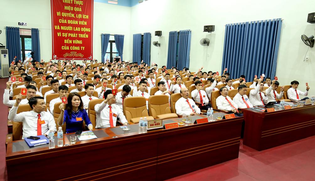 Than Nam Mẫu tổ chức thành công Đại hội Đảng bộ Công ty lần thứ VI, nhiệm kỳ 2020-2025 (16)